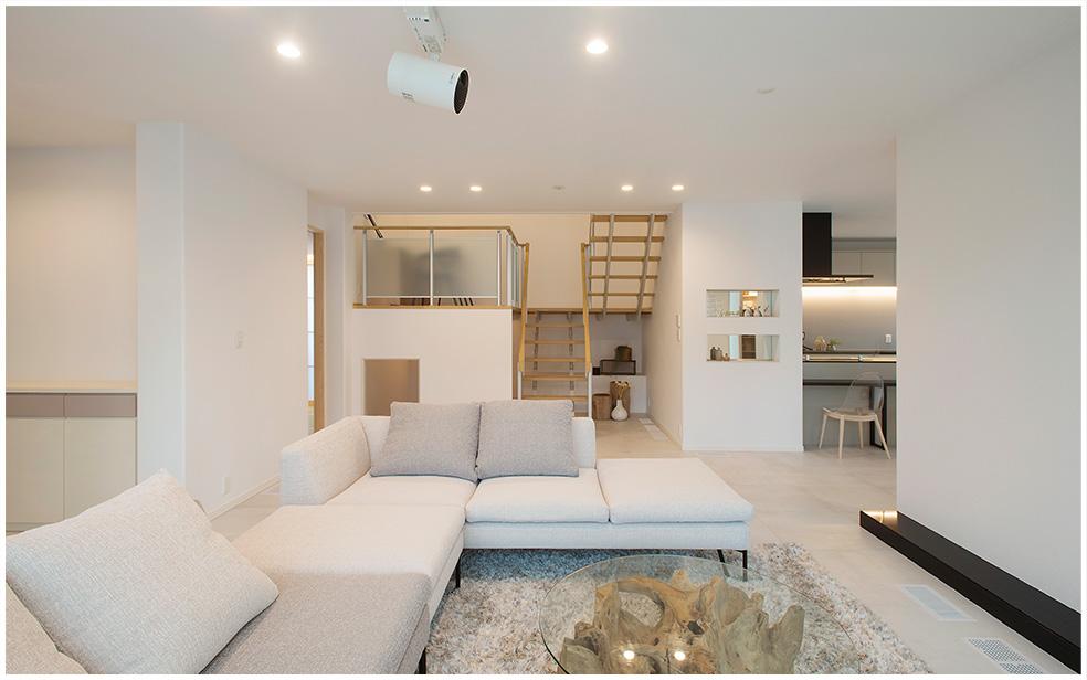 鉄骨系住宅 ABC加古川展示場 内観写真:リビングルーム