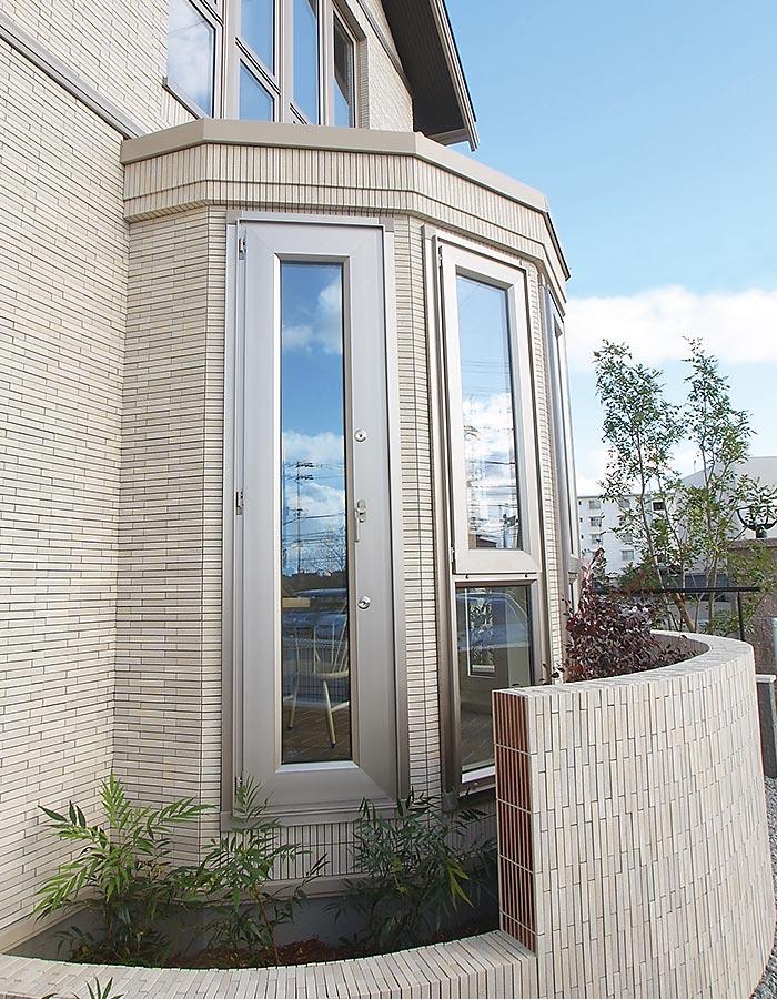 木質系住宅 ABC加古川展示場 外観写真:ボウウインドウ