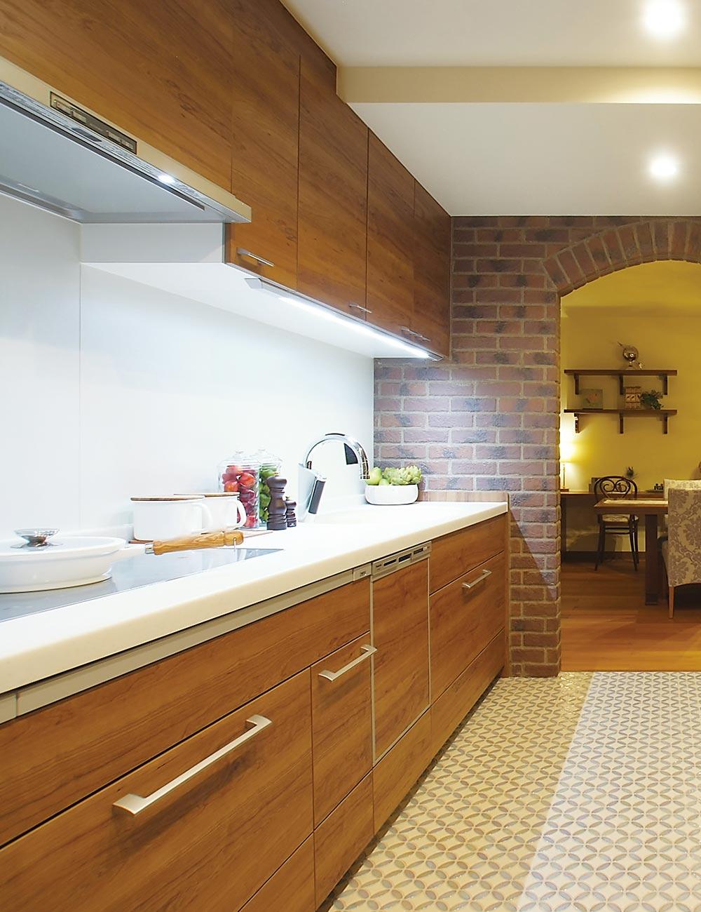 木質系住宅 姫路リバーシティ展示場 内観写真:キッチン